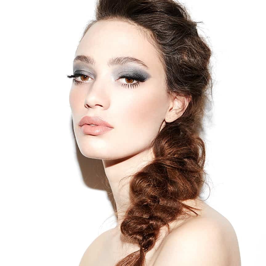 L'oreal Paris, Extravaganza, Robin Black, Beauty Is Boring, Sophie Koella, Bobby Eliot, smoky eye, silver eye, nude lip